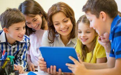 Centros Educativos: la solución definitiva para una comunicación eficiente.