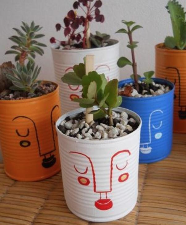 Macetas con materiales reciclados